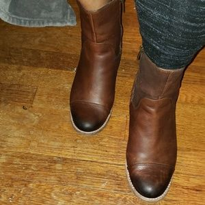 Leather Upper Sperry Booties
